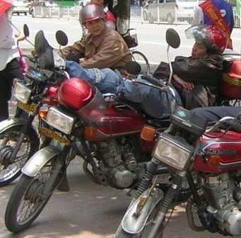 Farniente pour motard à Canton