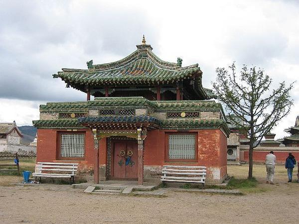071-superbe-petit-temple.jpg