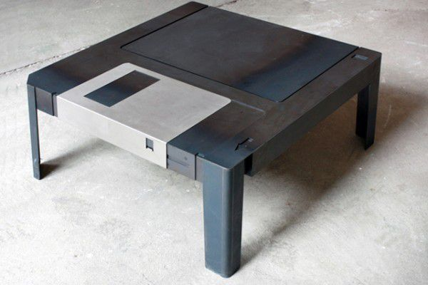 table-basse-floppy.jpg