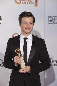 chris-colfer-golden-glode-award-200x300.jpg