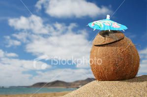 ist2_1633475_beach_cocktail.jpg
