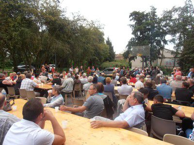Barbecue-fede-Sallaumines-25-08-11--6--reduit.JPG