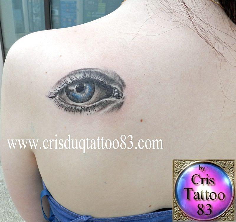 Pin mon tatouage loeil dune maman vous tes tatou s montrez le on pinterest - Tatouage larme sous l oeil ...