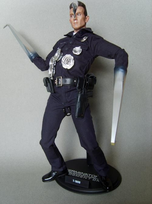 HOT TOYS T1000