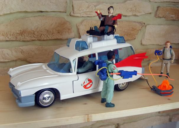 KENNER ECTO 1 REAL GHOSTBUSTERS 2