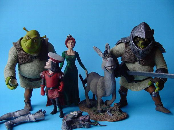 SHREK-Mac-Farlane-action-figures.jpg