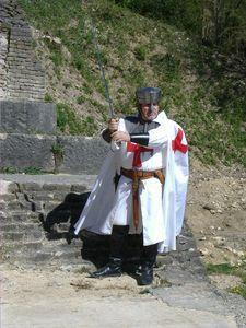 Sire Philippe le Templier. Troupe médiévale des Flambeaux de l'Allan. http://medieval-moyen-age.net