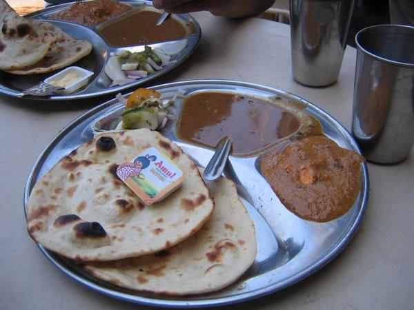 Avec un thali (chapatis, curry et lentilles) aucun risque d'être malade et j'aime bien