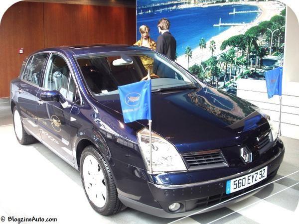 La Vel Satis est le modèle haut de gamme de Renault. Malgré de grandes qualités, ses ventes decoivent