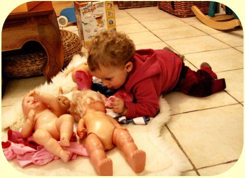 2010 11 03 Isaure et ses poupées 3