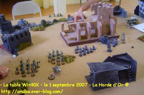 04---La-table-WH40K---le-1-septembre-2007---La-Horde-d-Or--.jpg