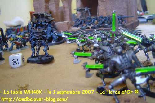 11---La-table-WH40K---le-1-septembre-2007---La-Horde-d-Or--.jpg