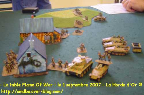 08---La-table-Flame-Of-War---le-1-septembre-2007---La-Horde-d-Or--.jpg