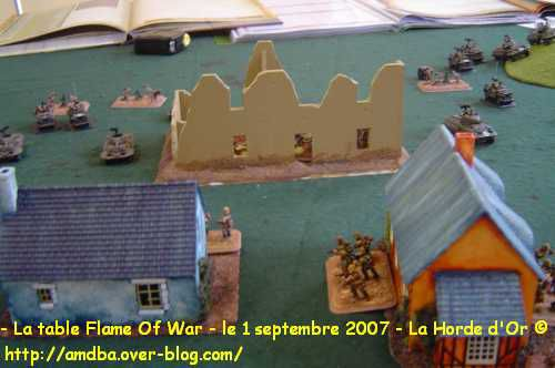 12---La-table-Flame-Of-War---le-1-septembre-2007---La-Horde-d-Or--.jpg