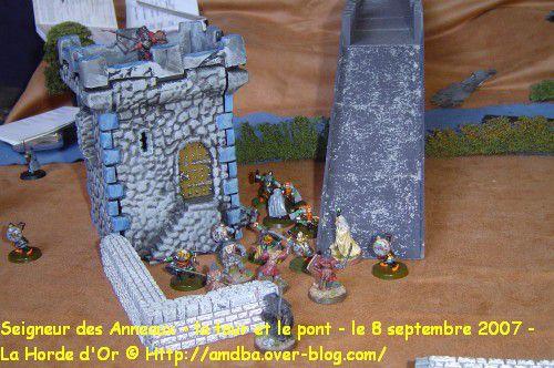 01-Seigneur-des-Anneaux-la-tour-et-le-pont---le-8-septembre-2007---La-Horde-d-Or.jpg