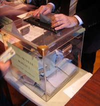 urne-elections-conseillers-consulaires-tchequie-copie-1.jpg