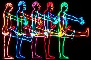 "Bruce Nauman ""five marching men"""