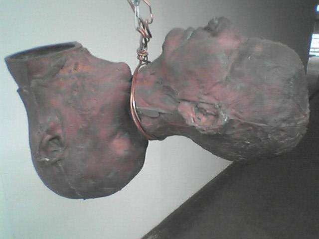 "bruce Nauman ""Pair of heads"""