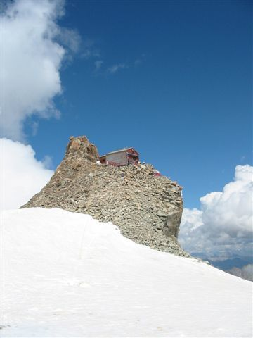 refuge-de-l-aigle-3-travers--e-de-la-meije-photo-guillaume-ledoux-apoutsiak.JPG