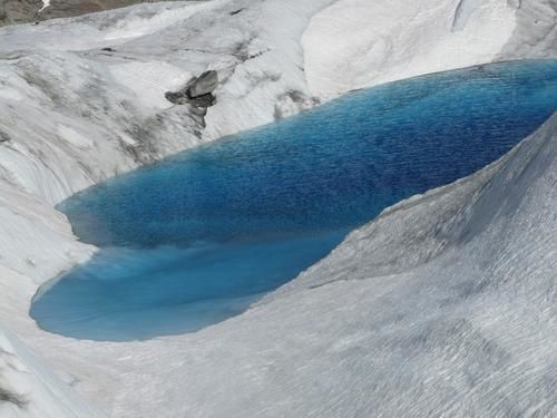 photo-3--lac-glaci--re-mer-de-glace-photo-guillaume-ledoux-apoutsiak.jpg