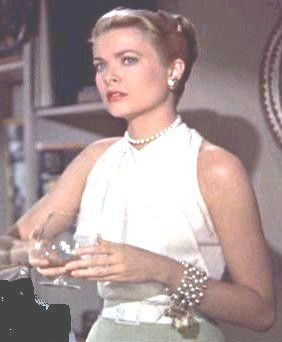 Grace Kelly's halterneck top in Rear window