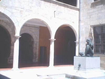 patio de l'hôtel de ville de Perpignan