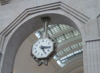 Gare de l'Est : horloge Art Déco (photo Raincy-nono)