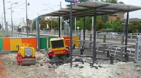 Photo Raincy-Nono : démolition de l'abri à vélo du tram-train