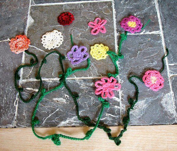 fleur-crochet-pour-scrapbooking.jpg