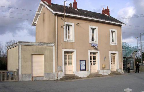 2006_coueron_gare.jpg