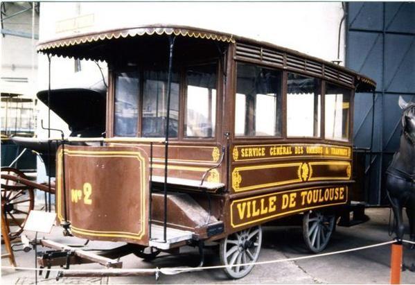 photo-tram-hippo121.jpg