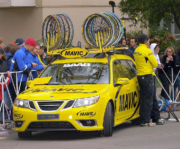 Mavic Tour of California Saab 9-3 Assistance