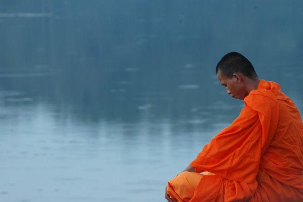 2011_05_17-meditation-moine-bouddhiste.jpg