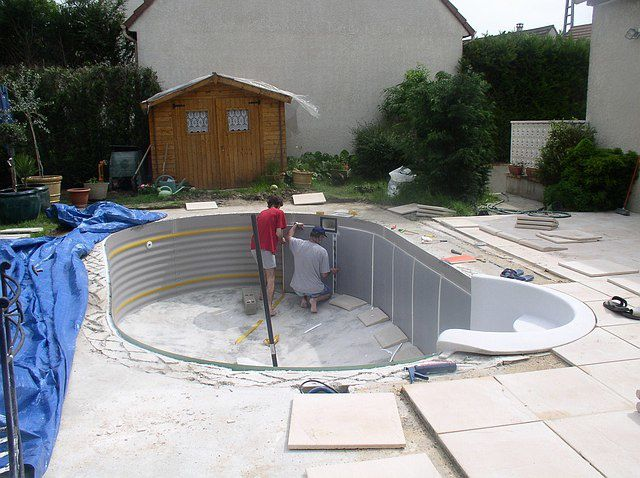 Construction piscine waterair construction d 39 une piscine for Pose de liner pour piscine