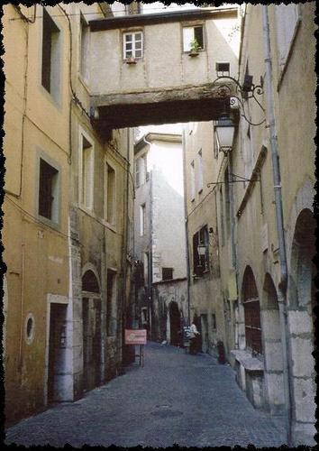 vielle-ville-de-chamb--1.JPG
