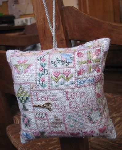 Take time to quilt - Jeannette Douglas