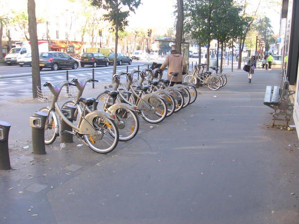 Velib paris v lo aux aubray violence routi re 41 for Au garage a velo paris