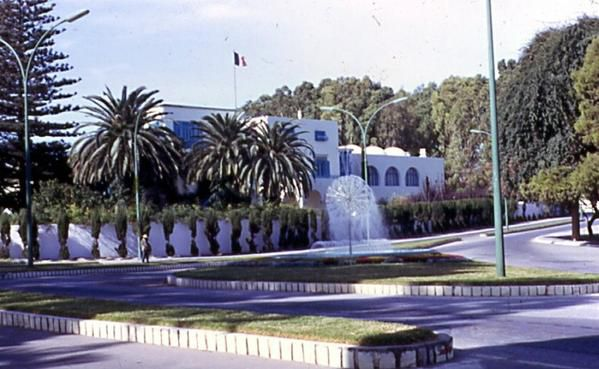 ambassade-de-france-a-tunis-1-copie-1.jpg
