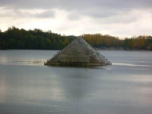 29 pyramide