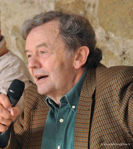 Claude--playsan-de-Cergy---Dedicace---11-c-gerardphotos-f.jpg