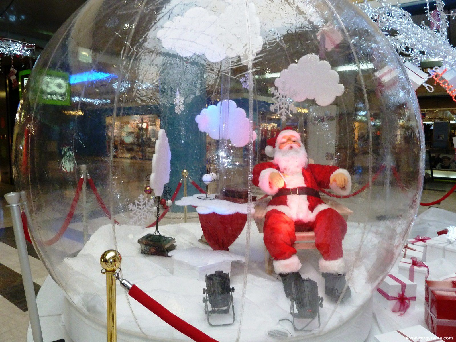 No l 2012 au centre commercial des 3 fontaines cergyrama - Decoration de noel carrefour ...