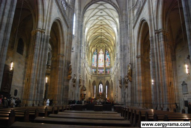 cathedrale interieur 00
