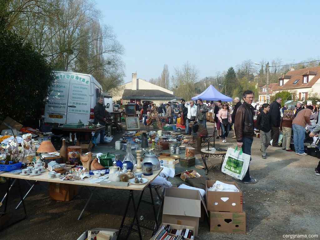 photo auvers sur oise brocante 2015