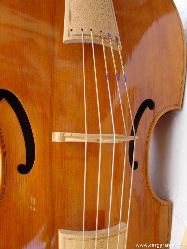 luthier-03.JPG