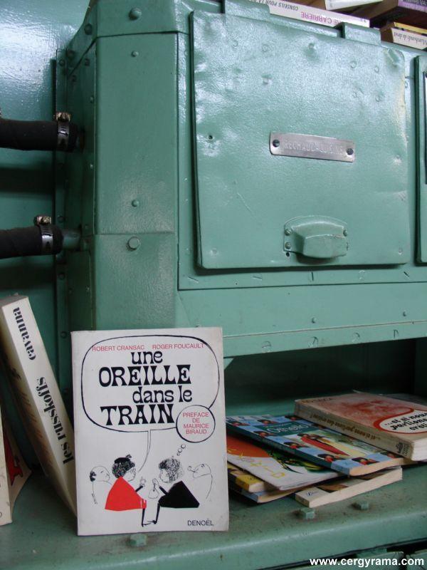 livres-train-oreille--800x600-.JPG