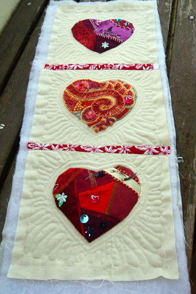 Coeurs crazy quilting
