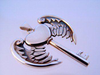 426196_910588561_the-heart-key-by-deaddamien_H092603_L.jpg