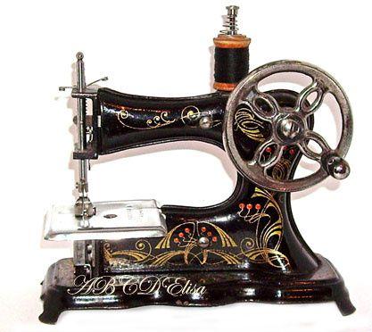 Machines coudre jouets anciens article 5 chez elisa for Machine a coudre jouet