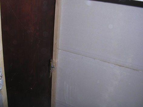 Sous sol une maison la campagne for Porte garage 60
