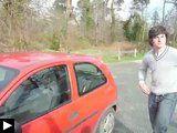 Comment-ouvir-une-voiture-sans-outil.jpg